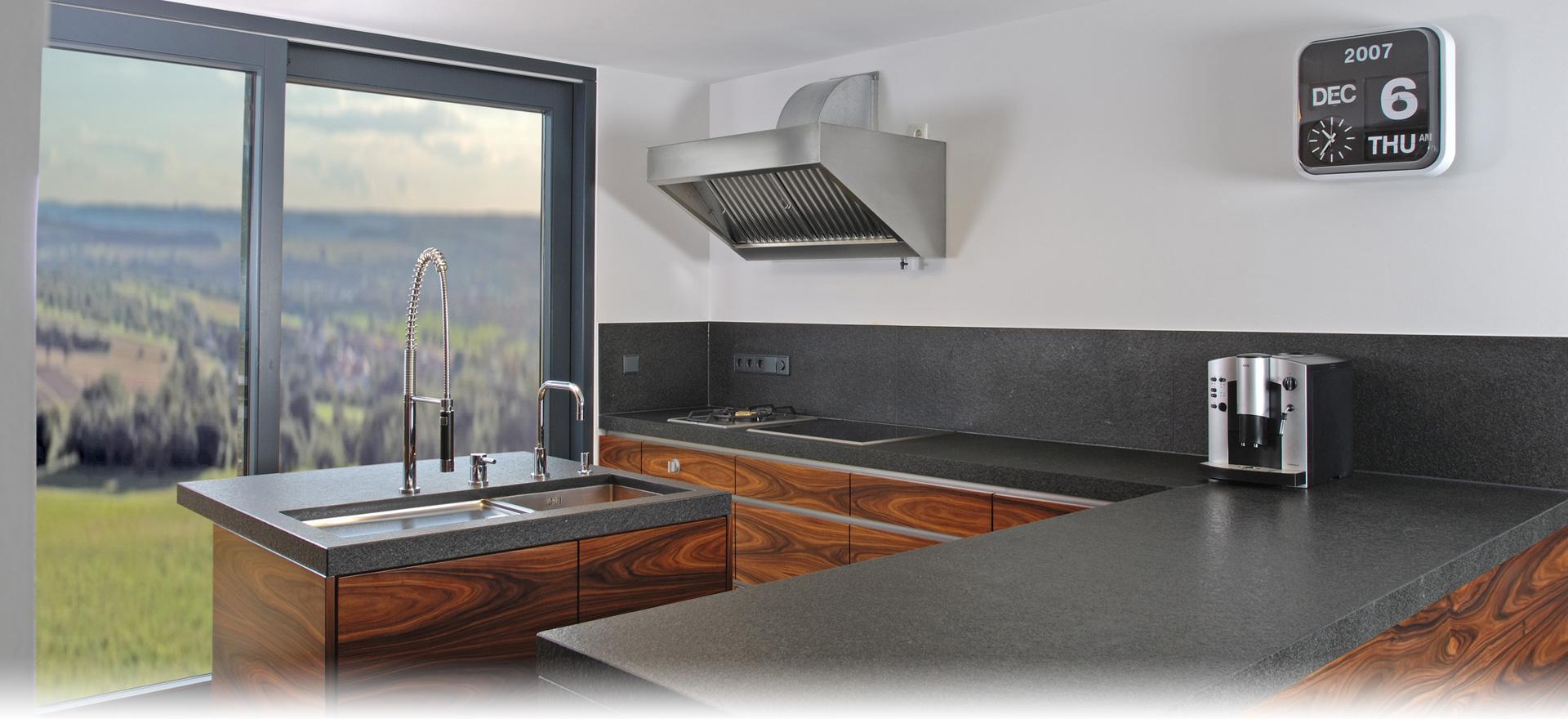 Inneneinrichtung – Küchen, Bäder, Böden aus Naturstein